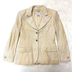 authentic CHANEL white COTTON/WOOL jacket SIZE 8